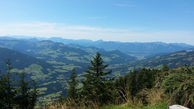 Ausblick vom Guggenkögele Richtung Kitzbühel
