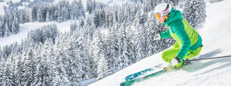 Skifahrerin in der Skiwelt Wilder Kaiser - Brixental