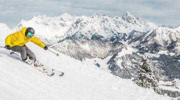 Skifahrer in der Skiwelt Wilder Kaiser - Brixental
