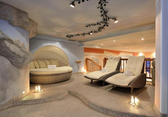 Liegen im Saunabereich im Hotel Glockenstuhl in Westendorf