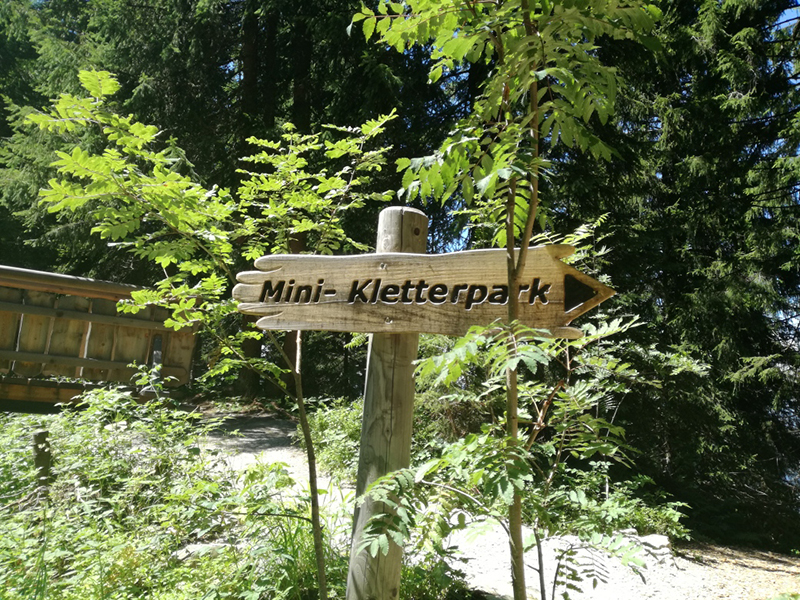 Mini Kletterpark in Ellmi's Zauberwelt in Ellmau