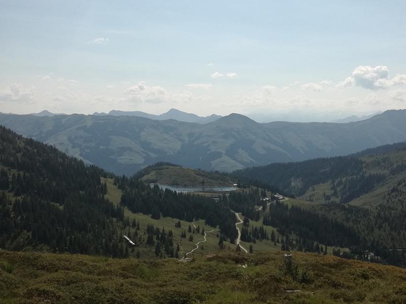 Ausblick Wanderung auf den Fleiding Gipfel