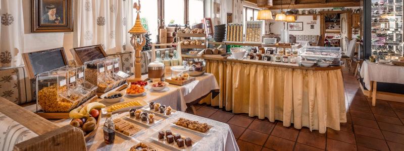 Frühstücksbuffet im Hotel Glockenstuhl in Westendorf