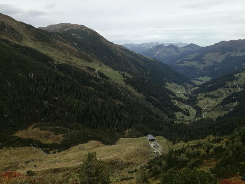 Ausblick auf die Rotwandalm und das Windautal