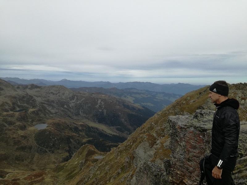 atemberaubender Ausblick vom Kröndlhorn auf die Wildalpseen und den Schafsiedel
