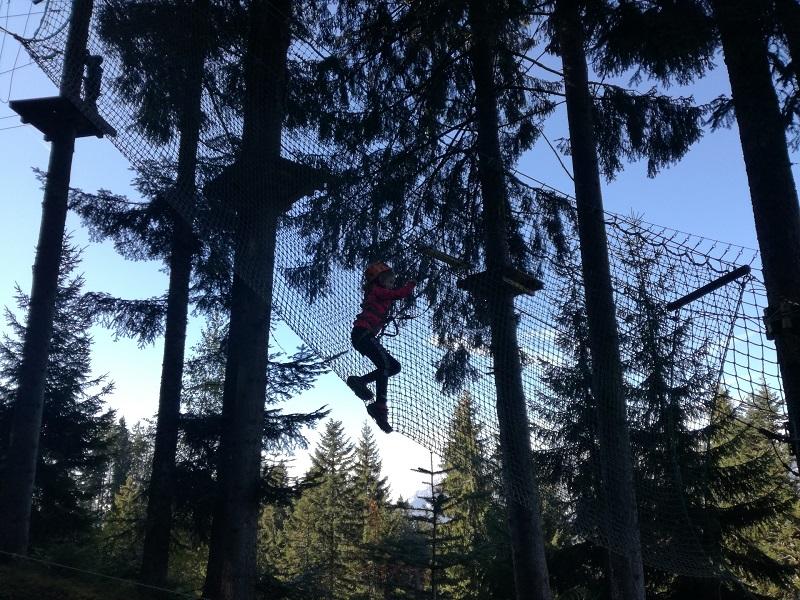 Blauer Parcours Kletterpark Hornpark in St. Johann in Tirol