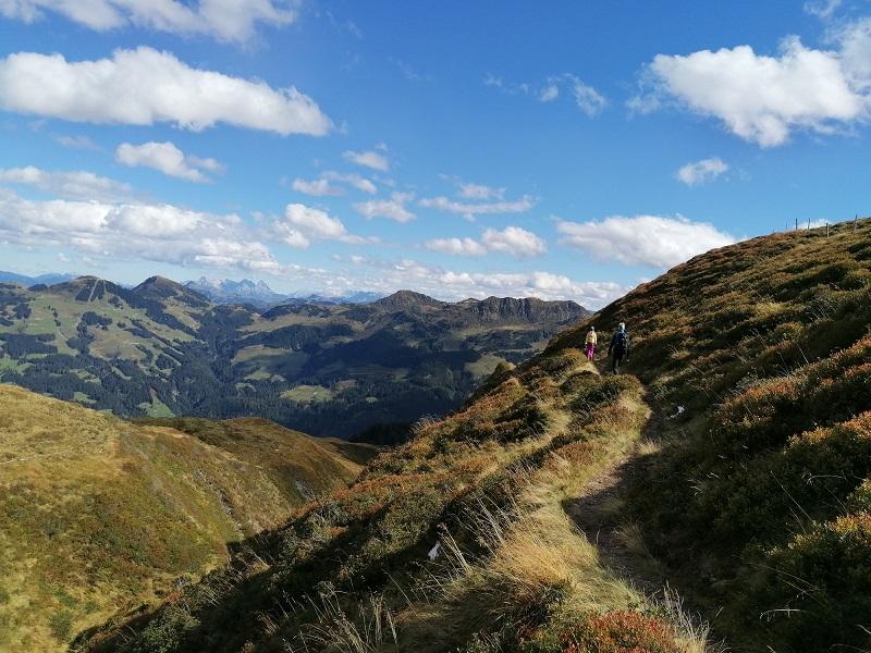 Wanderweg auf dem Lodron im Windautal